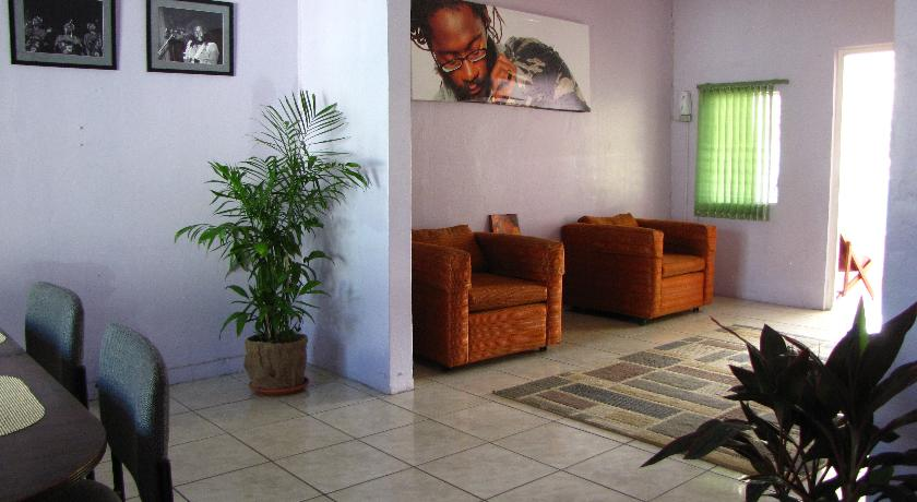 Reggae Hostel Kingston Jamaica